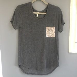 Francesca's Collections•gray shirt sequence pocket